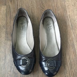 Life Stride Navy Blue Flats with Buckle